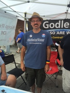 Rory Moe, Vice President of the Iowa Atheists and Freethinkers, at the Des Moines Farmers Market. Photo by Haley Barbour