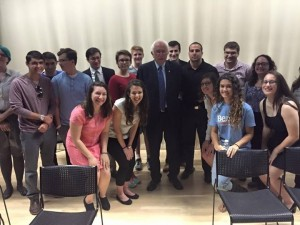 Bernie Sanders with members of the Jewish Federation of Greater Des Moines. Photo by Lisa Gerloch.