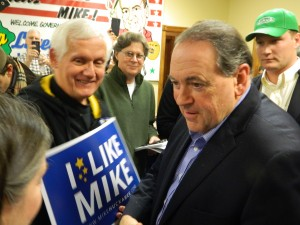 Huckabee greets supporters
