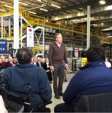 Jeb Bush speaks in Grinnell, Iowa